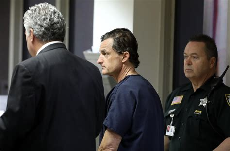 911 call released in case of Boca doctor accused of