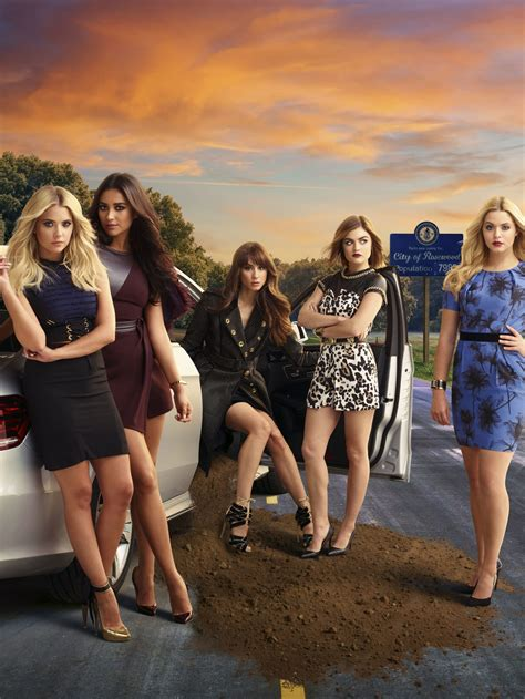 Pretty Little Liars reboot in the works from Riverdale creator