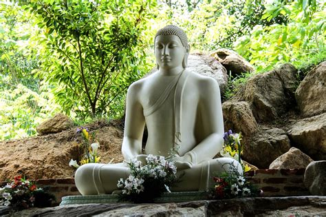 Parinirvana Day in 2020/2021 - When, Where, Why, How is
