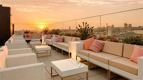 Best Rooftop Bars in Porto 2018 [complete with all info]