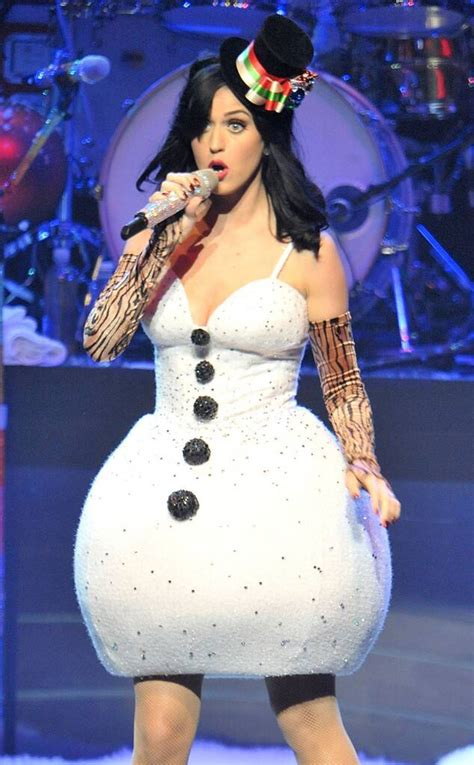 Frozen In Time from Katy Perry's Concert Costumes   E! News
